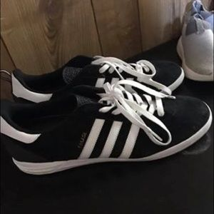 Classic adidas size 11